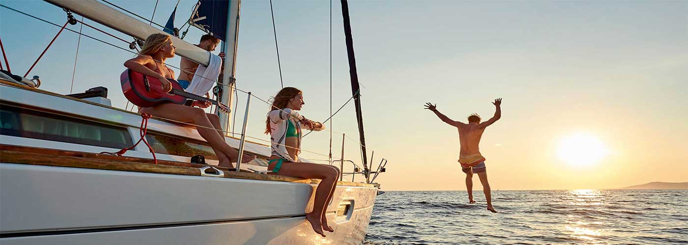 Day Cruises & Multi-Day Cruises from Athens & Lavrio. Sailing Yacht Charters Greece